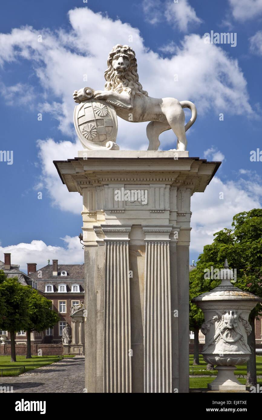 Lion scultura, Nordkirchen Palace, Germania Immagini Stock