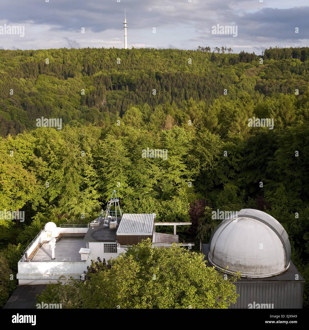 Osservatorio con foresta della città, Hagen, Germania Immagini Stock