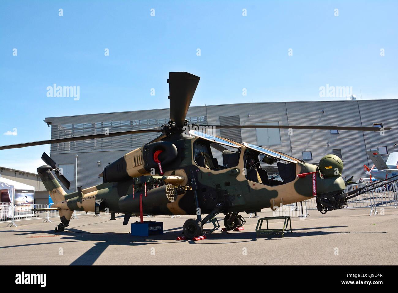 Elicottero T 129 : Bagno turco attac elicottero t129 atak foto & immagine stock