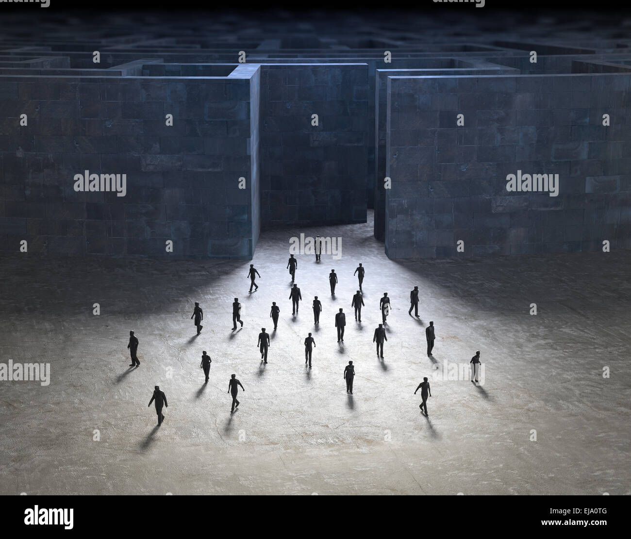 Piccola gente camminare al di fuori di un misterioso labirinto Immagini Stock