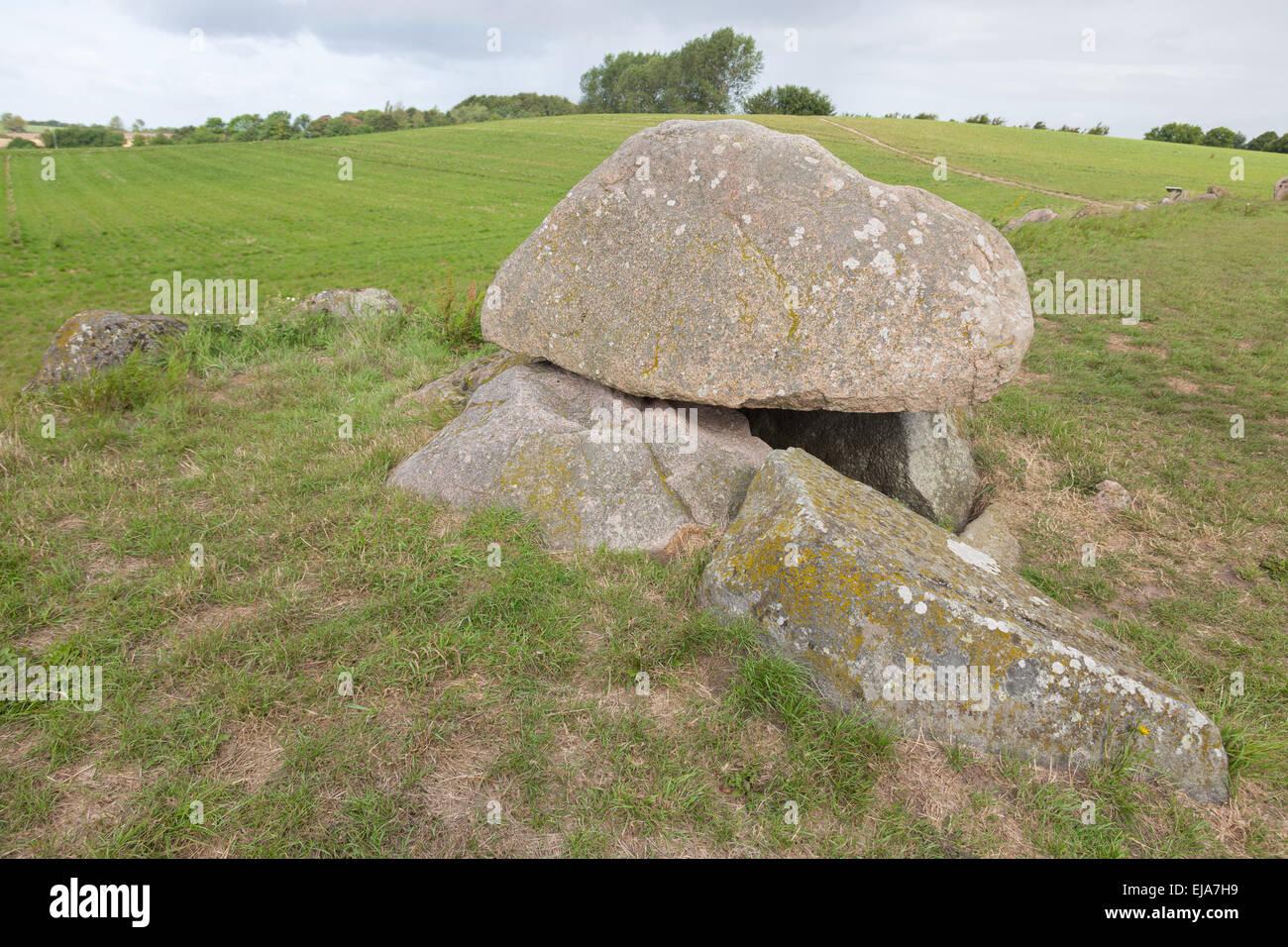 Tomba di pietra di umile Immagini Stock