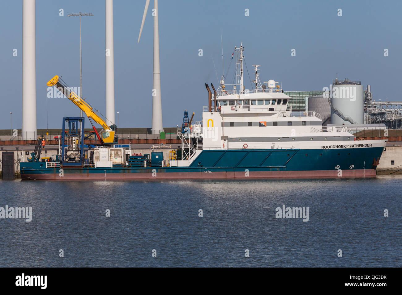 La N-mare Offshore Dive sostegno & Studio Nave, Noordhoek Pathfinder, in Eemshaven Immagini Stock