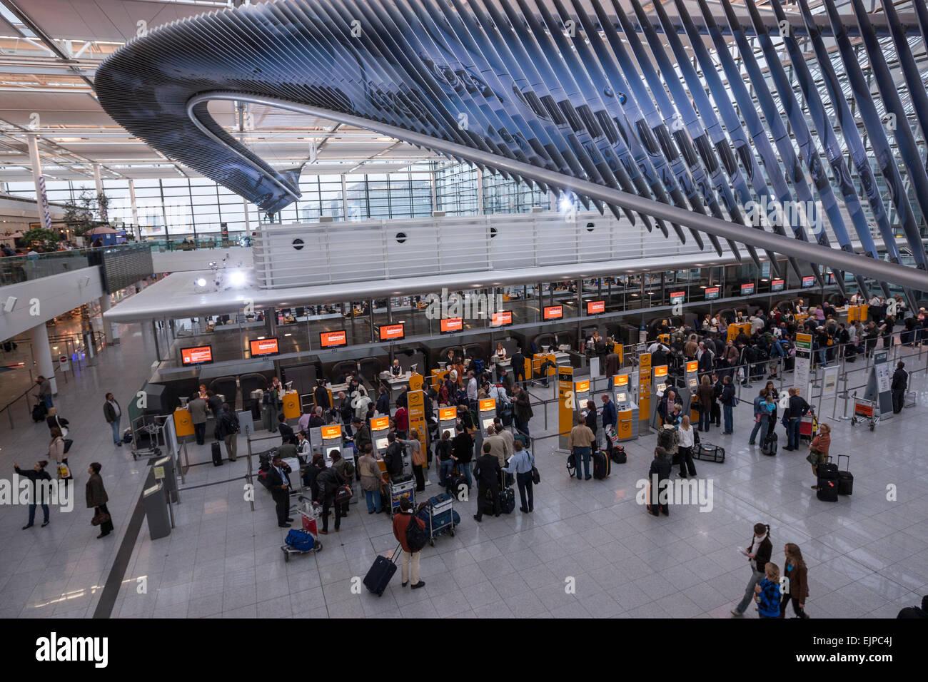Area check in al terminal in franz josef strauß aeroporto di