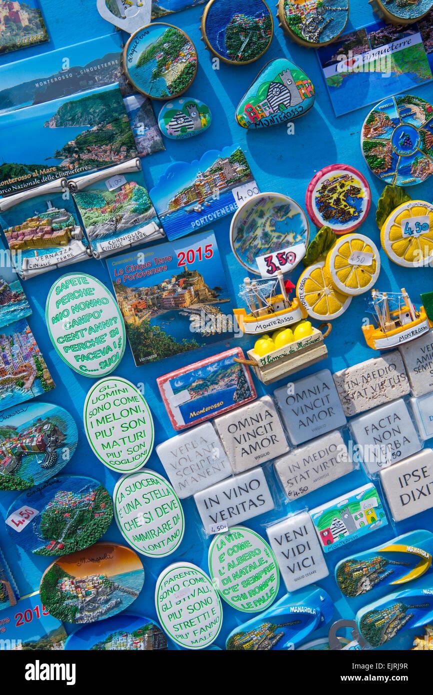 Frigorifero display magnete, Monterosso al Mare, Cinque Terre Liguria, Italia Immagini Stock
