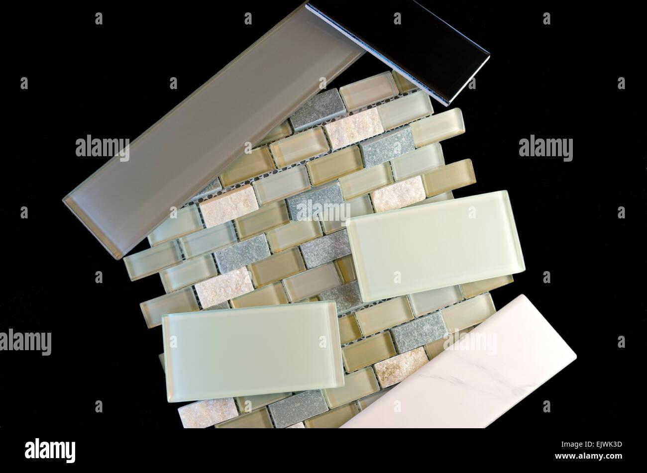 Metropolitana di vetro piastrella maglia montata mosaico di
