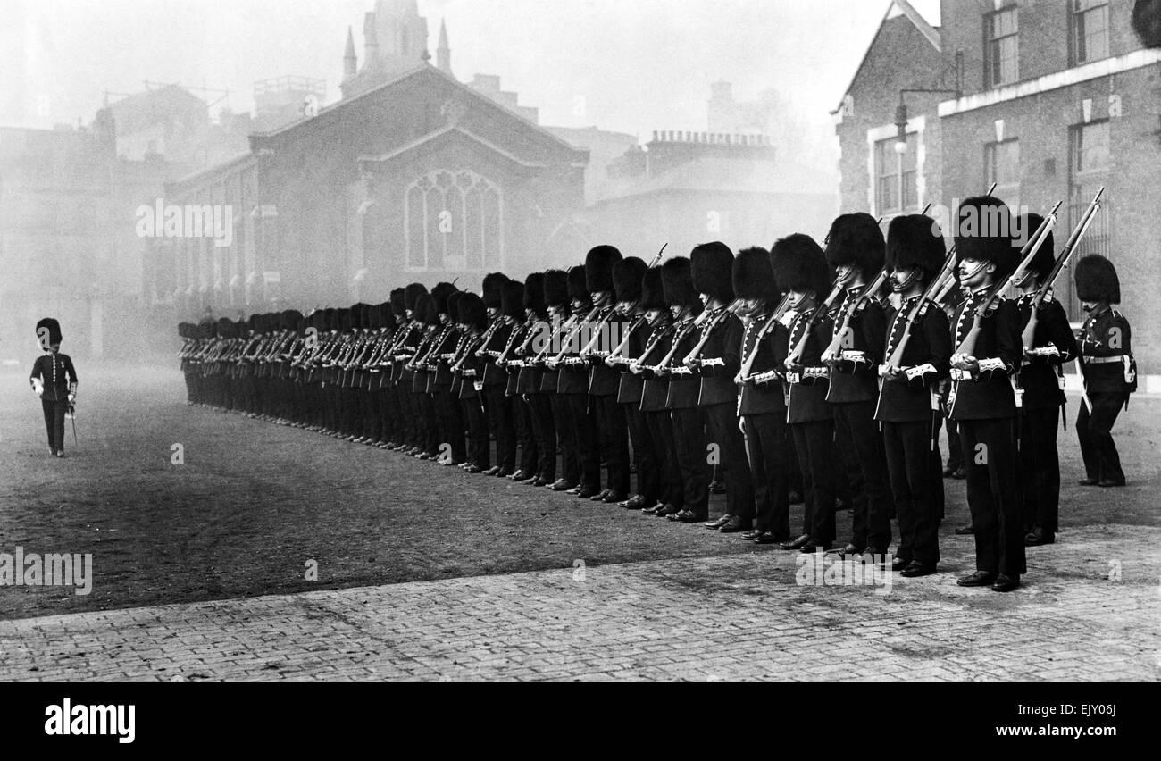 L' Onorevole Compagnia di Artiglieria formare fino, Londra, circa 1910. P015232 Immagini Stock