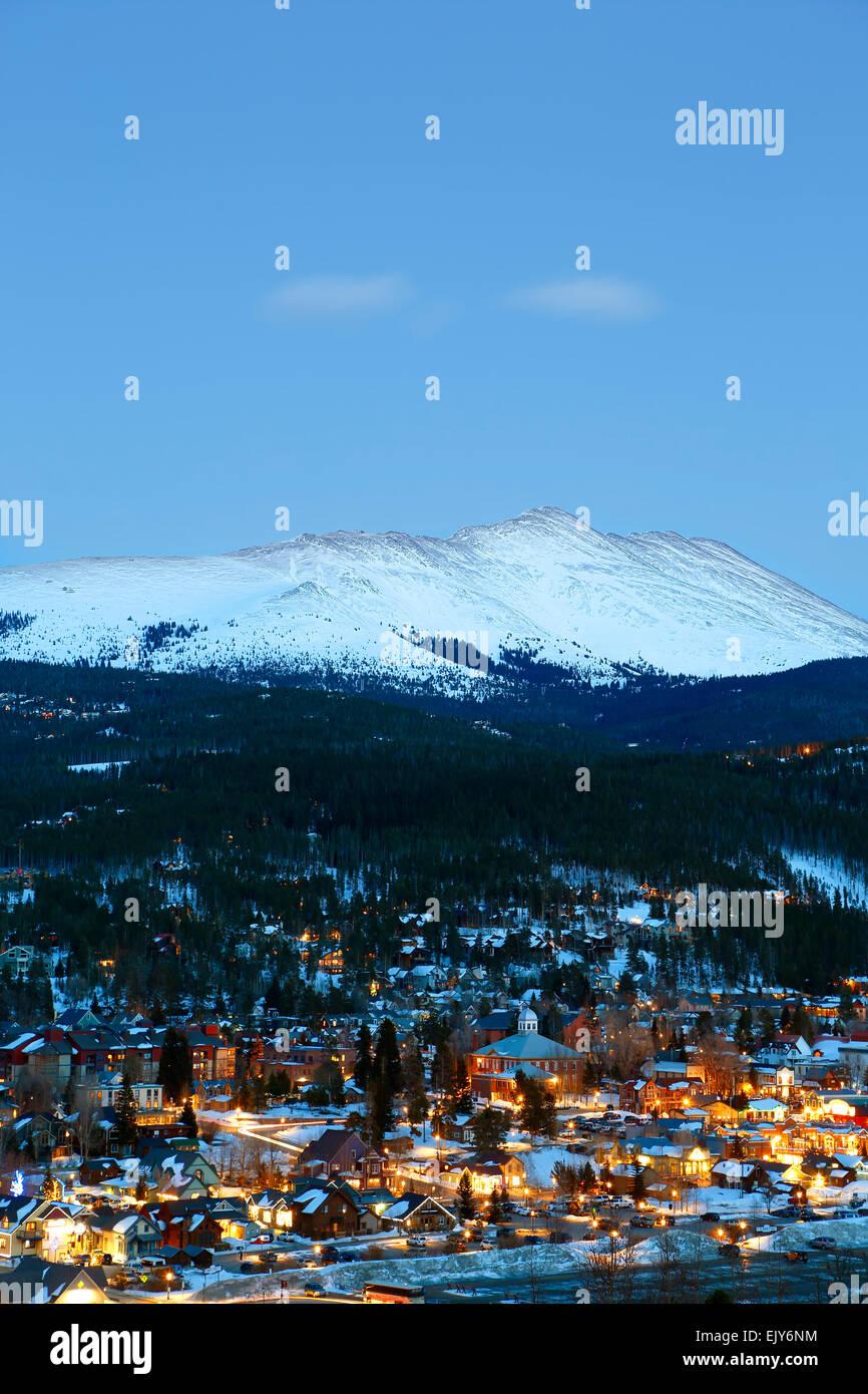 Coperte di neve montagna calva e Breckenridge, Colorado, STATI UNITI D'AMERICA Immagini Stock