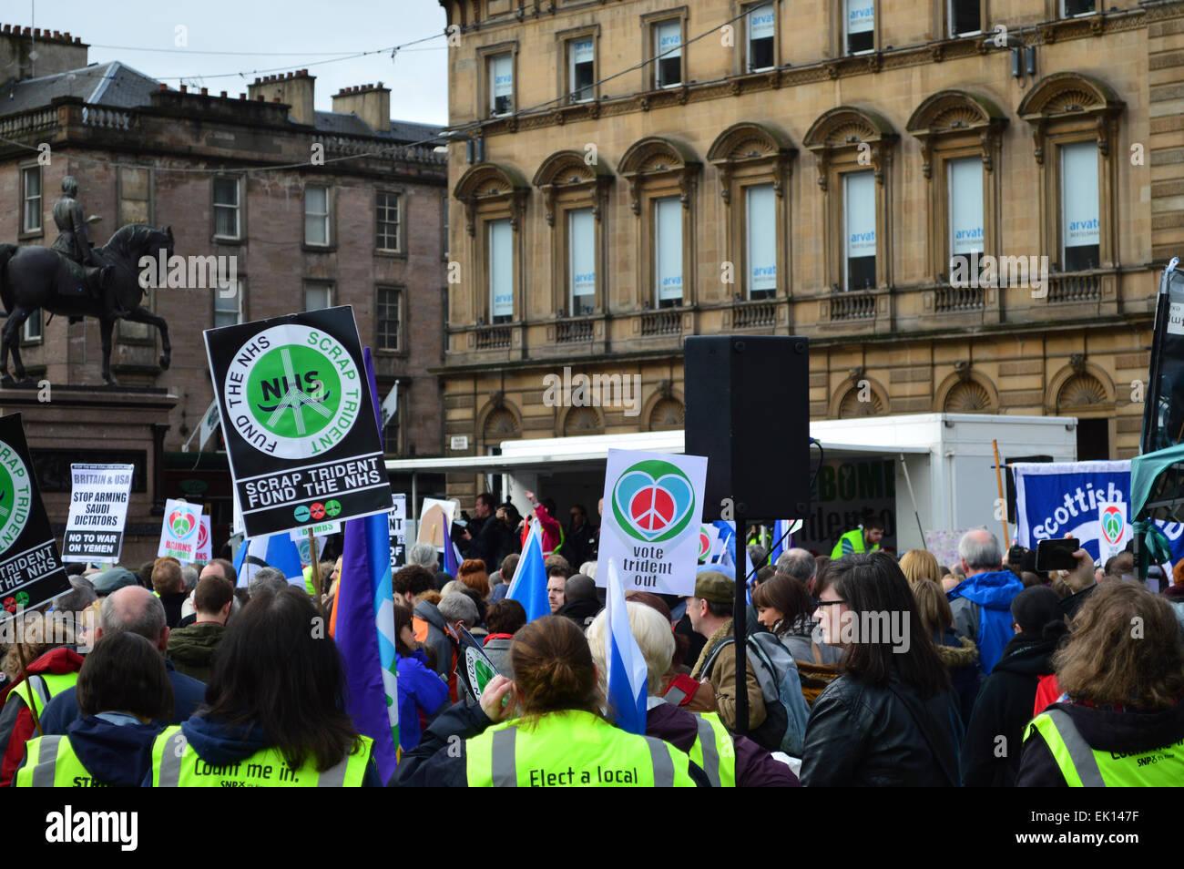 Anti-Trident rally a George Square, Glasgow, Scozia, 4 Aprile 2015 Immagini Stock