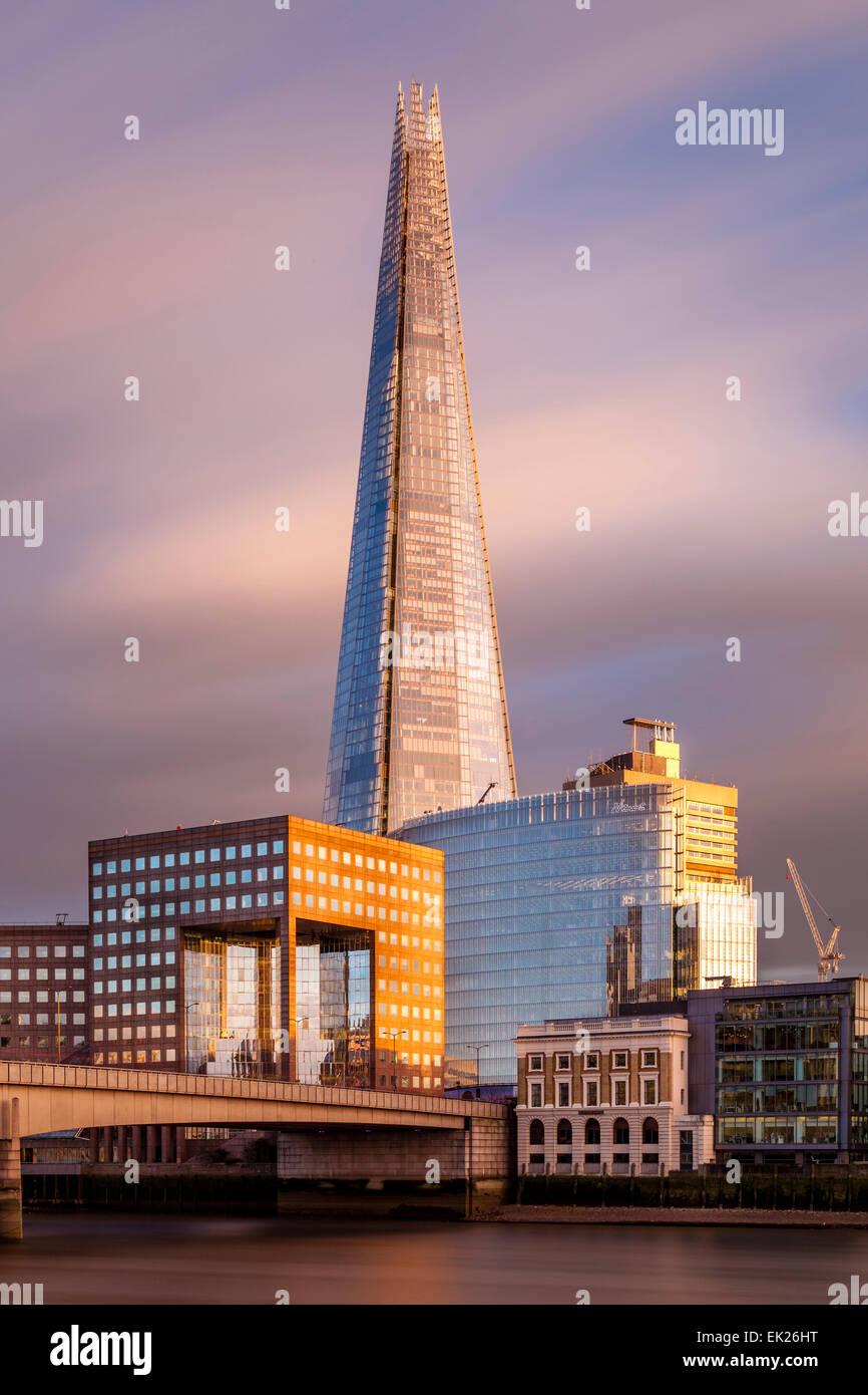 La Shard e London Bridge, Londra, Inghilterra Immagini Stock