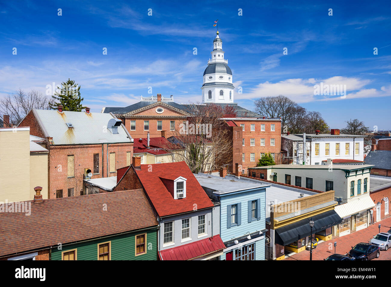 Annapolis, Maryland, Stati Uniti d'America centro di vista sulla strada principale con la casa di stato. Immagini Stock