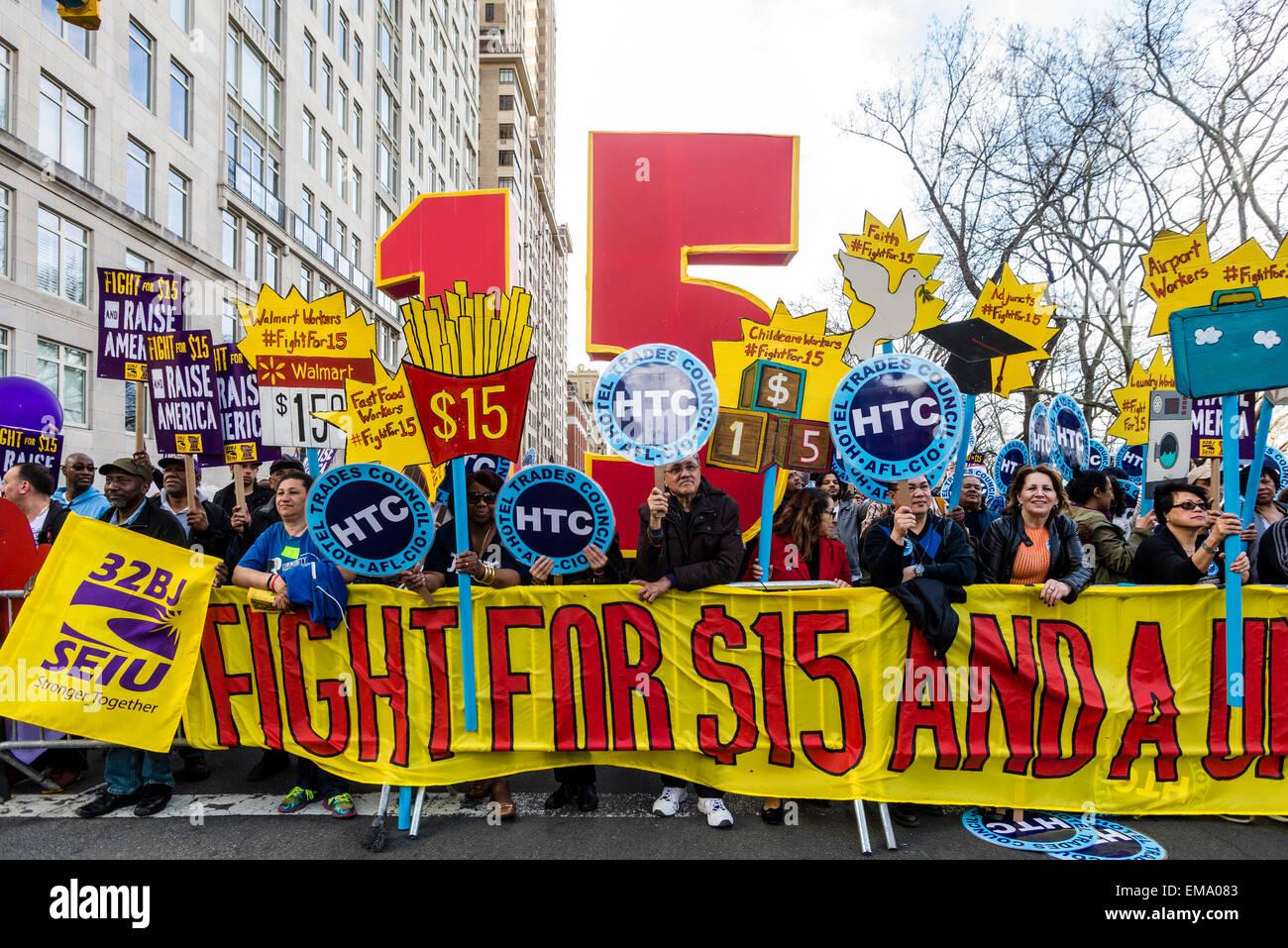 New York, Stati Uniti d'America. Il 15 aprile, 2015. Migliaia di membri dell'Unione hanno aderito il Fast Immagini Stock