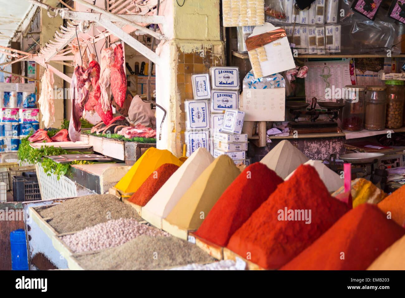 Mercato piccante presso la vecchia medina di Casablanca, Marocco Immagini Stock