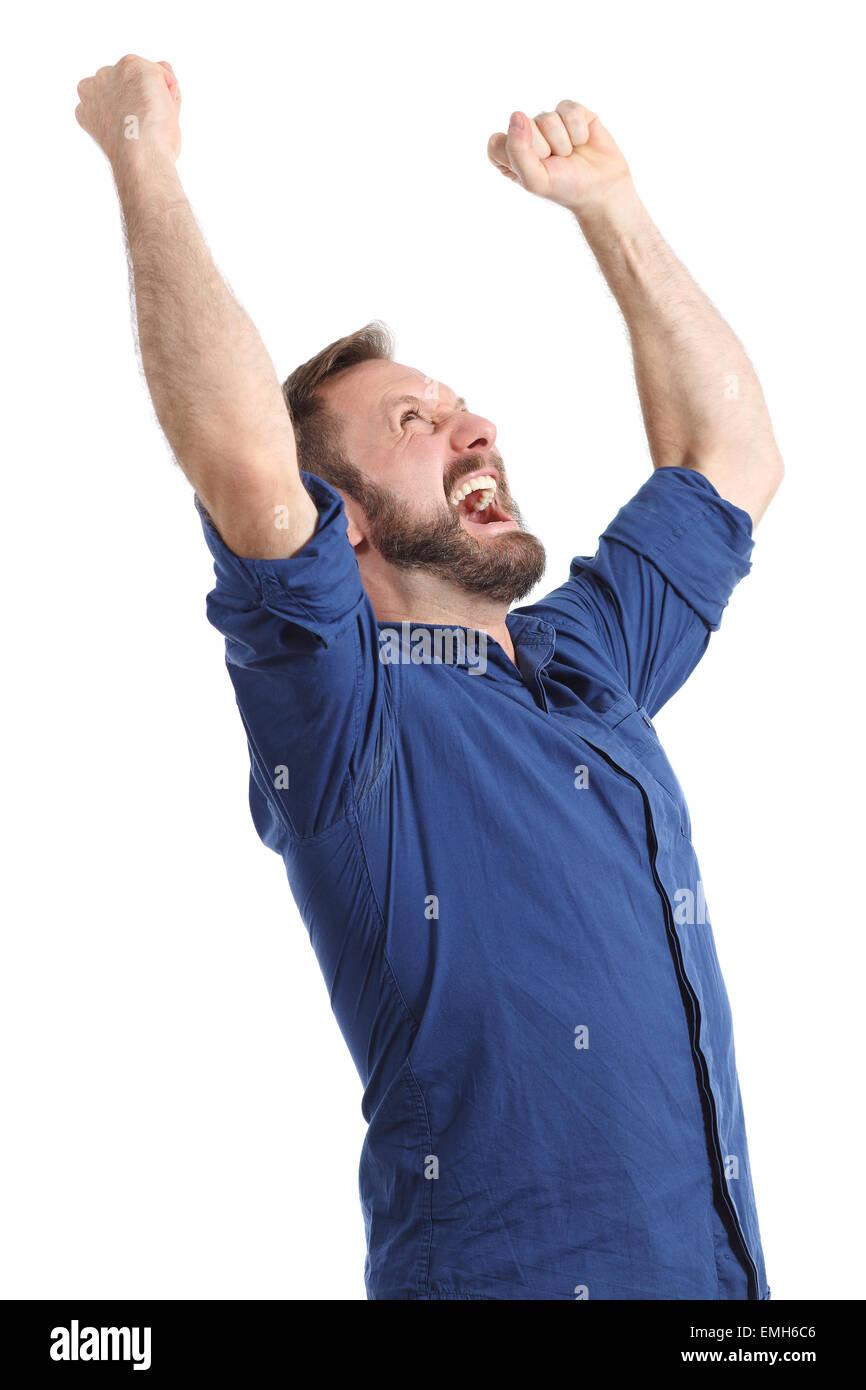Euforico uomo felice gridando e bracci di sollevamento isolata su uno sfondo bianco Foto Stock