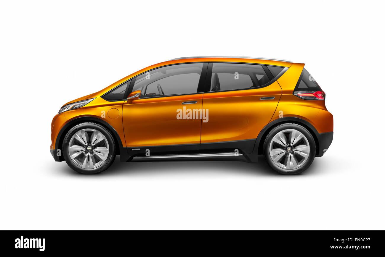 2015 Chevrolet bullone EV concept car elettrica vista laterale isolato su sfondo bianco con tracciato di ritaglio Immagini Stock