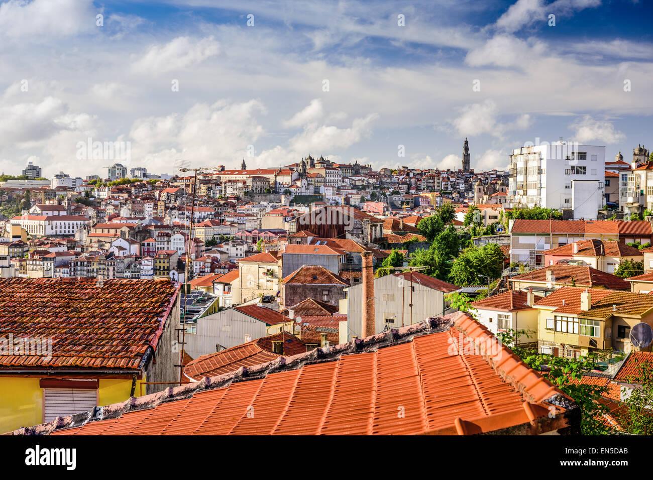 Porto, Portogallo città vecchia skyline. Immagini Stock