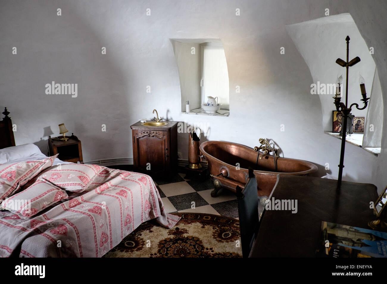 Vasca Da Bagno Francia : Il rame vasca da bagno in antico francese chateau appartamento foto