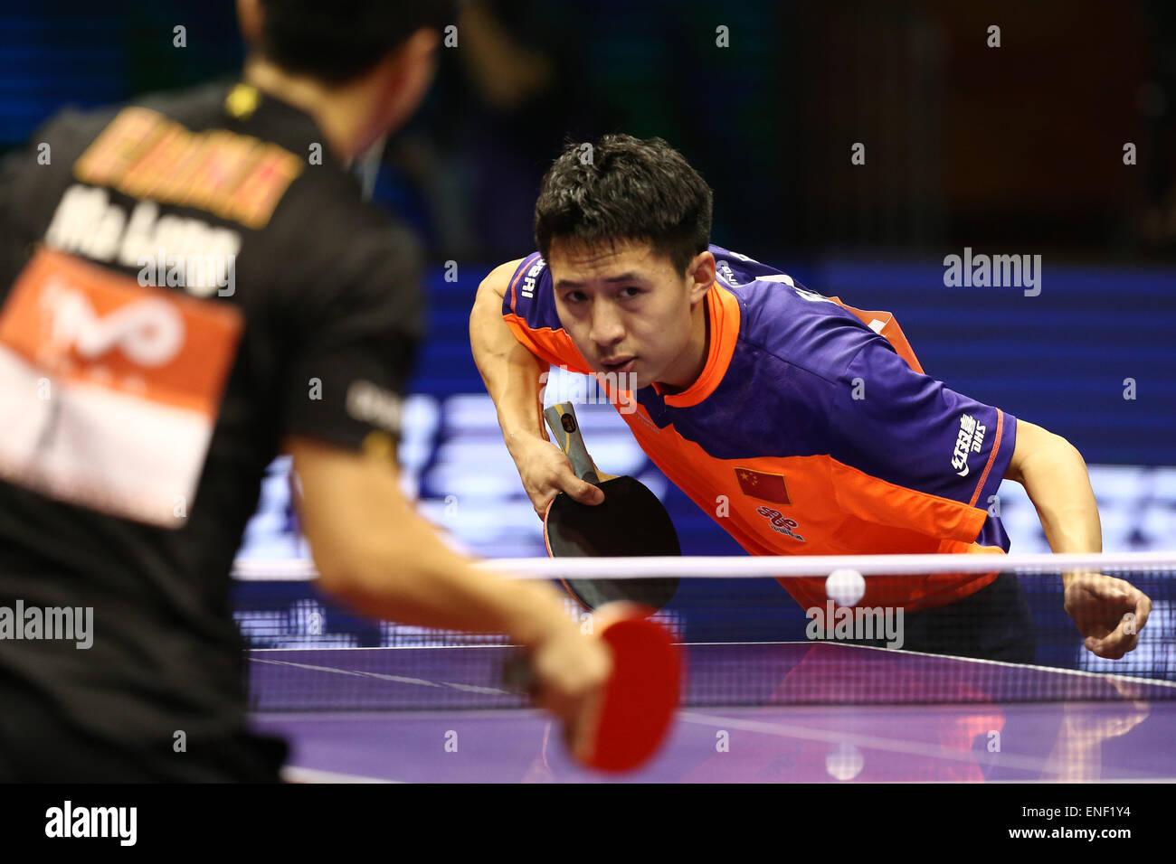 Suzhou International Expo Center, Suzhou, Cina. Il 3 maggio, 2015. Fang Bo (CHN), 3 maggio 2015 - Tennis da tavolo Immagini Stock