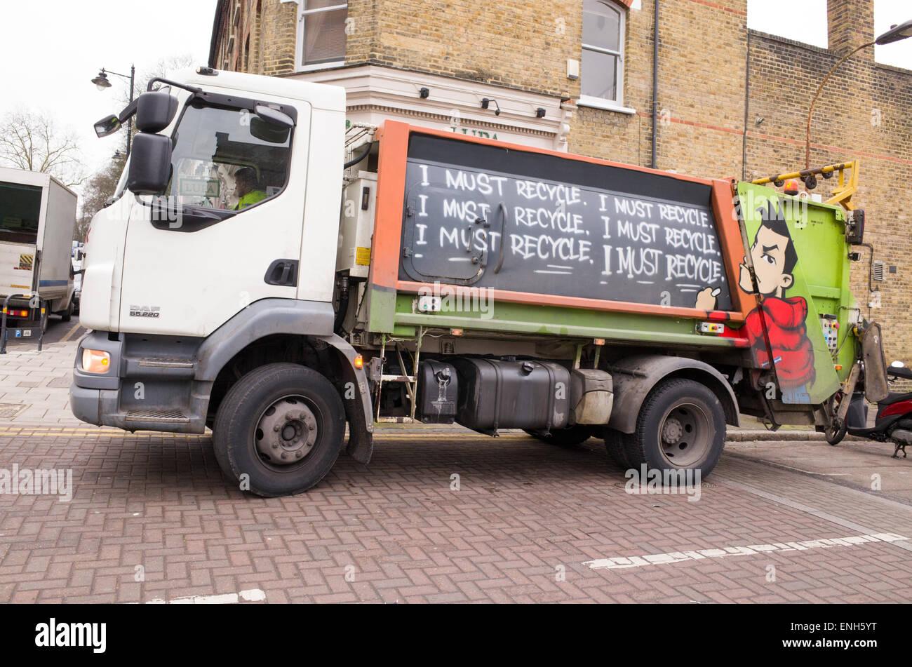 Il riciclaggio autocarro, London, England, Regno Unito Immagini Stock