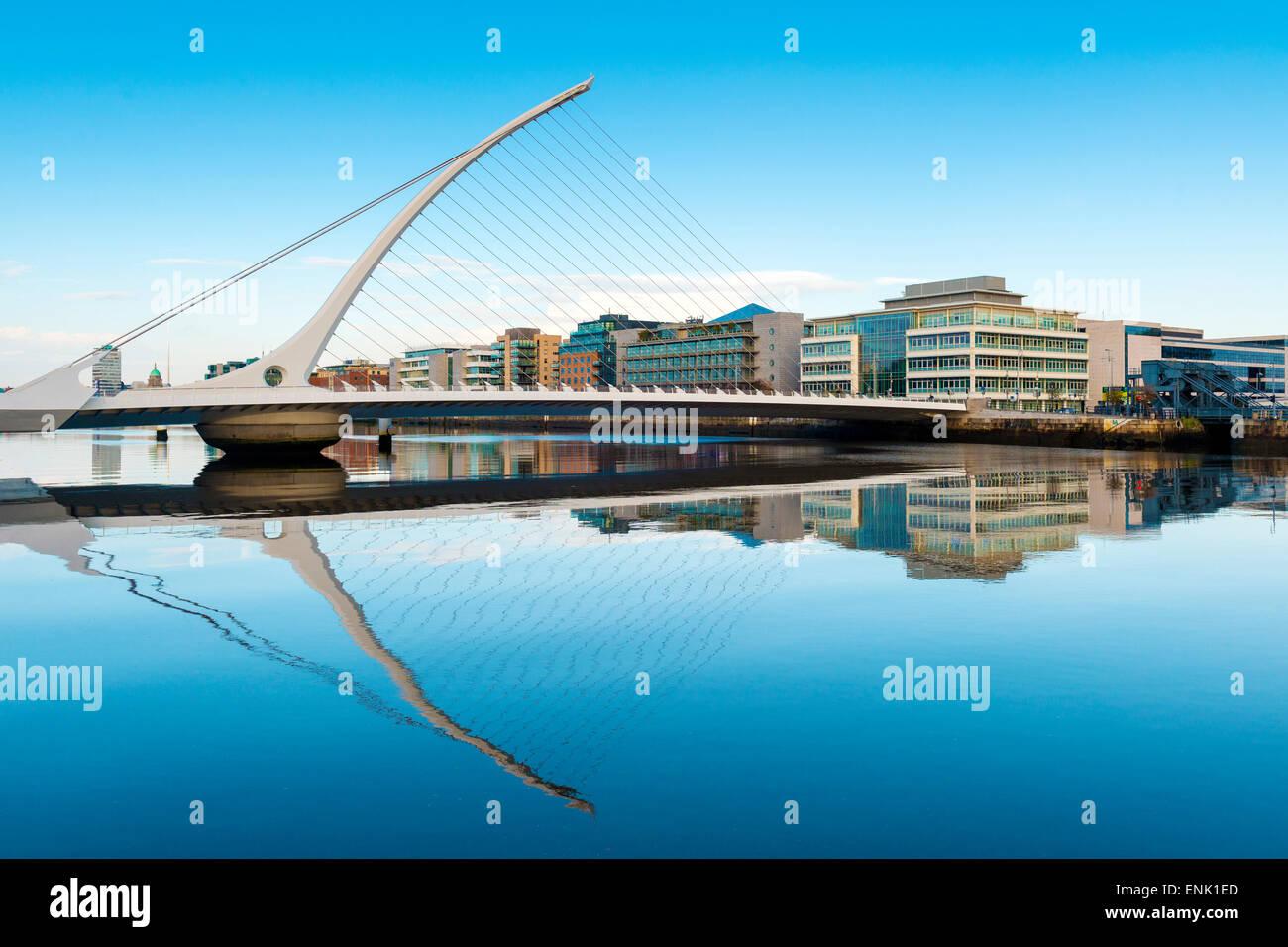 Samuel Beckett ponte sopra il fiume Liffey, Dublino, County Dublin, Repubblica di Irlanda, Europa Foto Stock