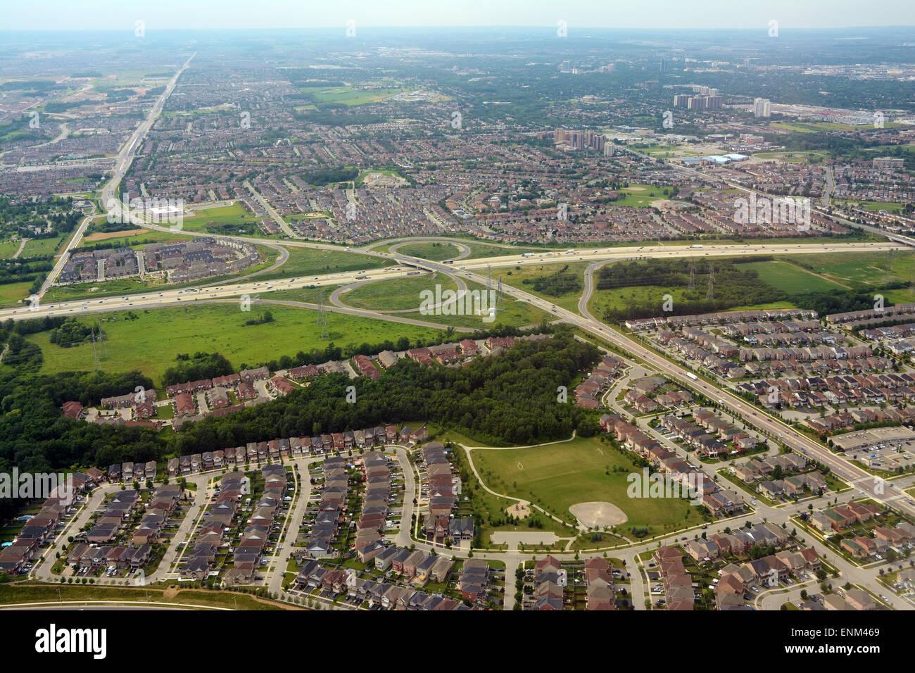 Sobborghi e autostrade Antenna, Toronto, Canada Immagini Stock