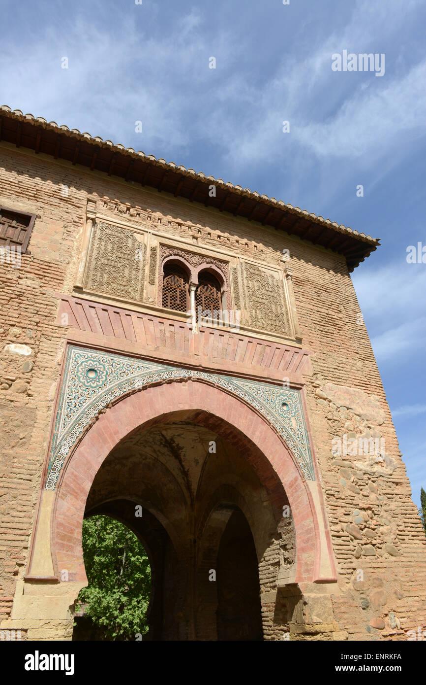 Puerta del Vino arco moresco archi Alhambra Palace Granada Andalusia Spagna Foto Stock