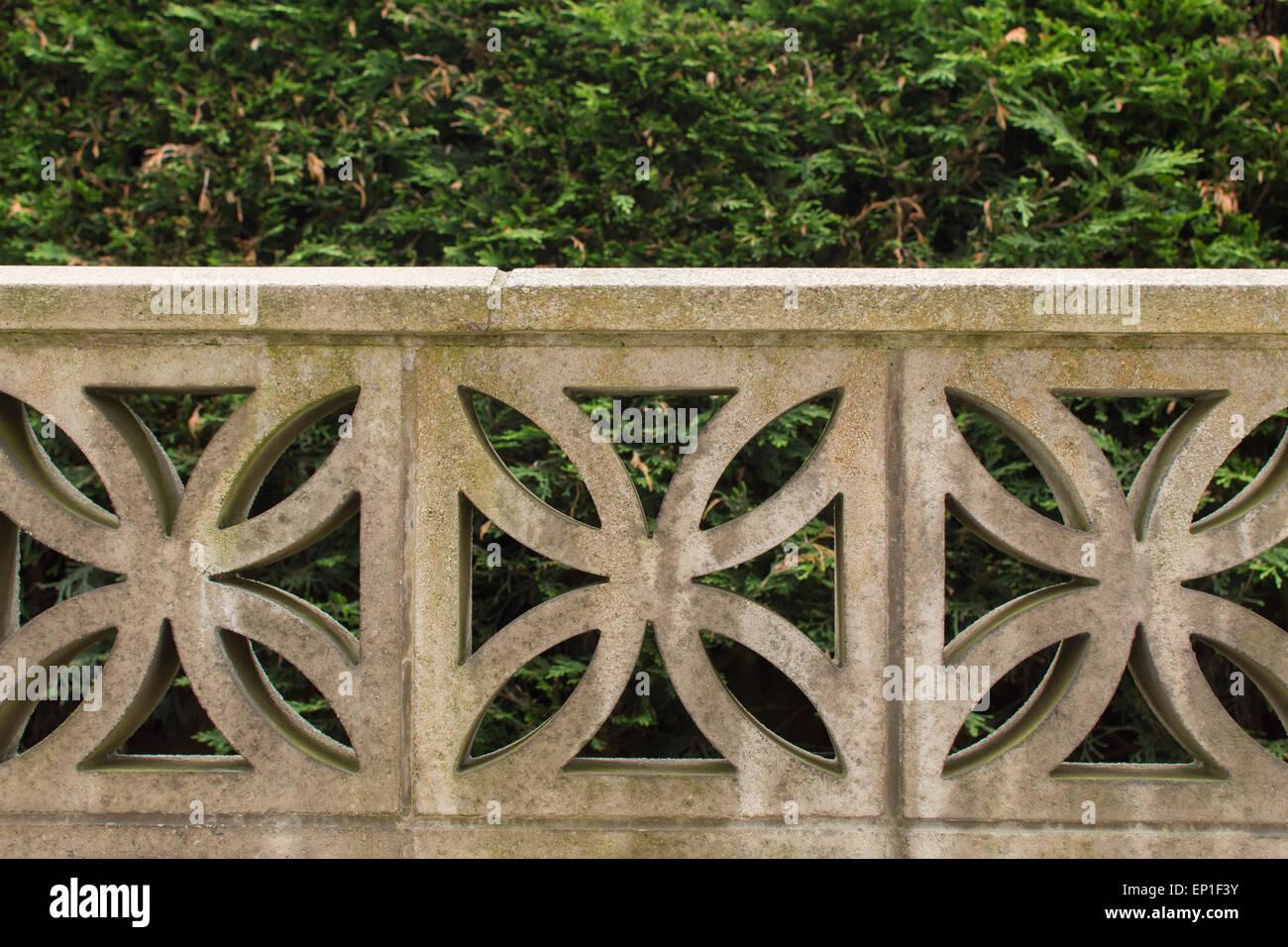 Elementi Decorativi Da Giardino : Giardino muro costruito dagli elementi decorativi di blocchi in