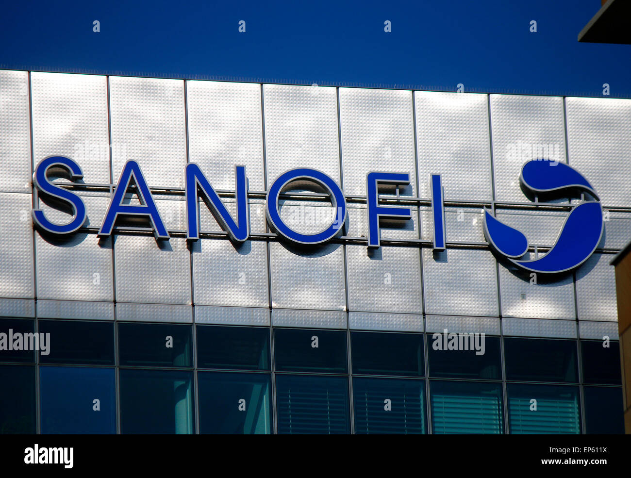 Markennamen: 'Sanofi', Berlino. Immagini Stock
