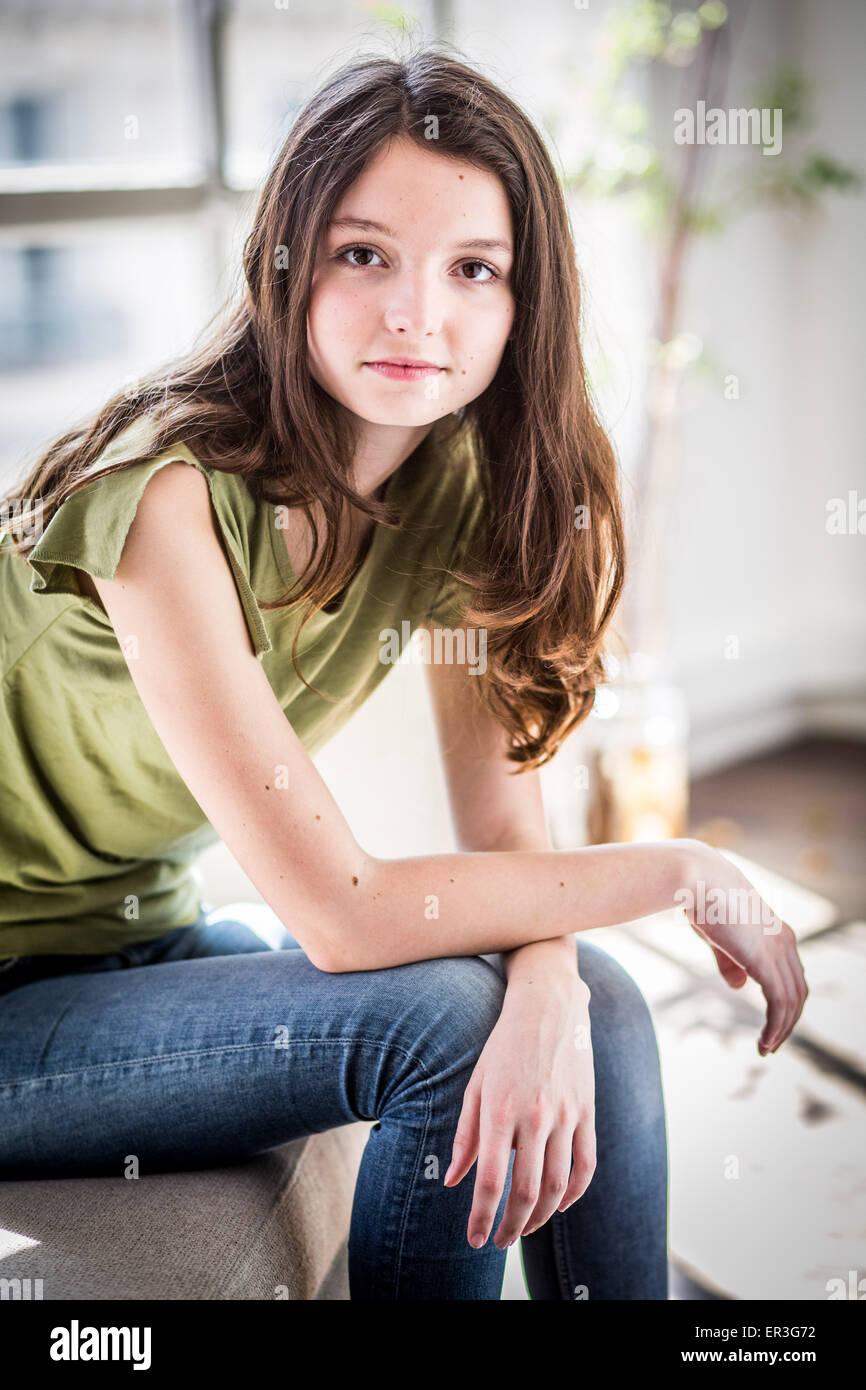 Ritratto di una ragazza adolescente. Immagini Stock