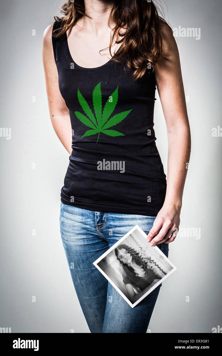 Immagine concettuale sui pericoli della cannabis. Immagini Stock