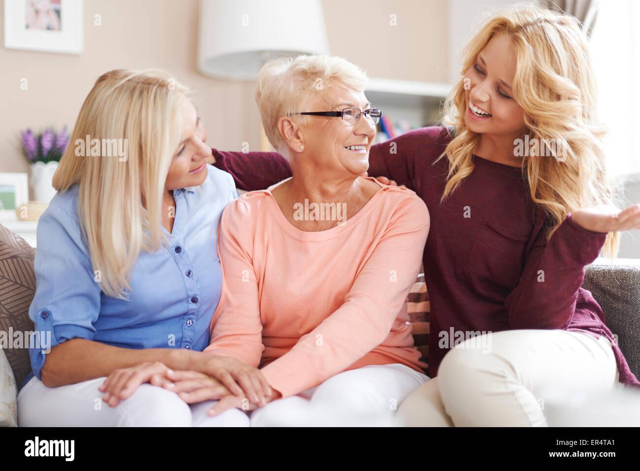Trascorrere del tempo di qualità con la famiglia. Debica, Polonia Immagini Stock