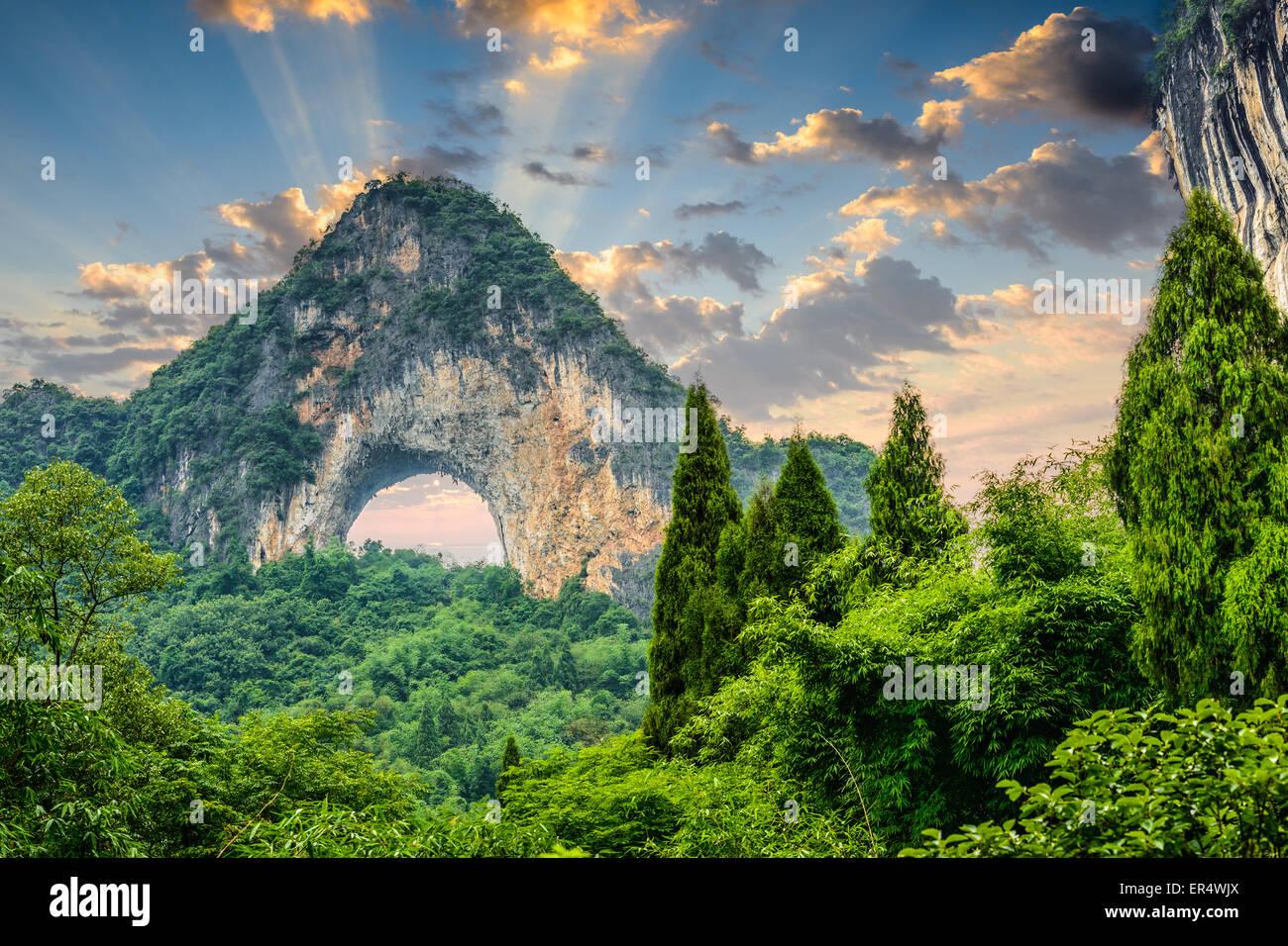 Luna Hill, Yangshuo, Cina. Immagini Stock