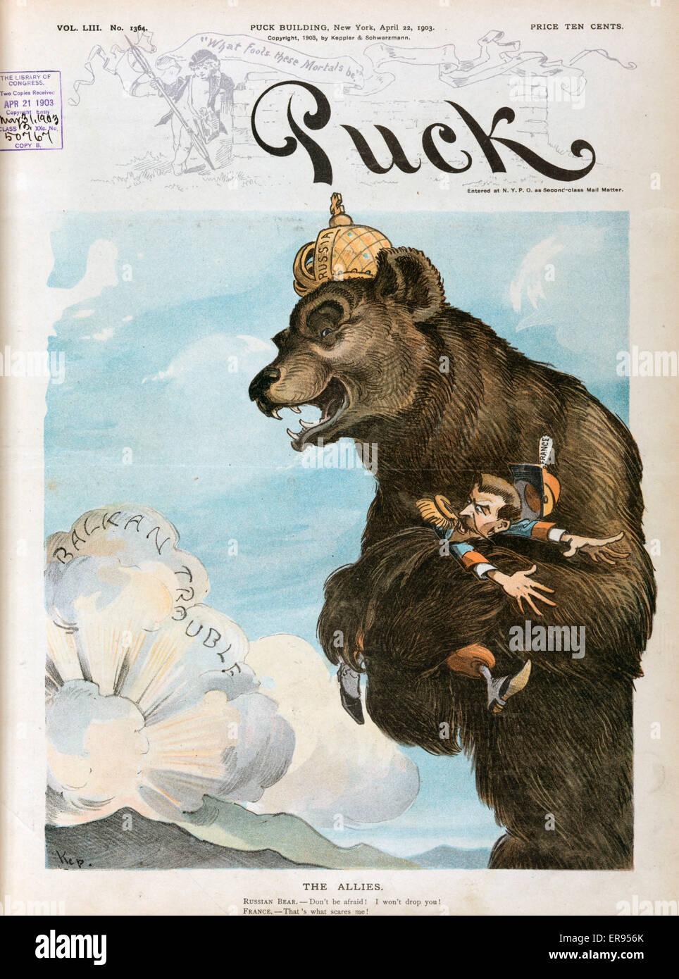 La figura mostra un grosso orso che indossa una corona etichettato in Russia 465b3fe27a63