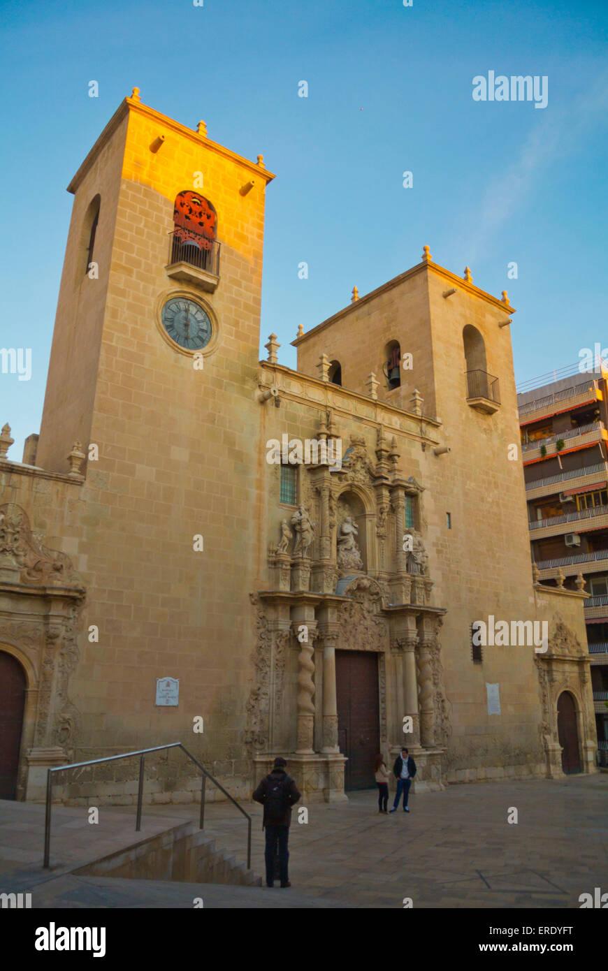 La Basilica di Santa Maria, Casco Antiguo, la città vecchia, Alicante, Alacant, Costa Blanca, Spagna Immagini Stock