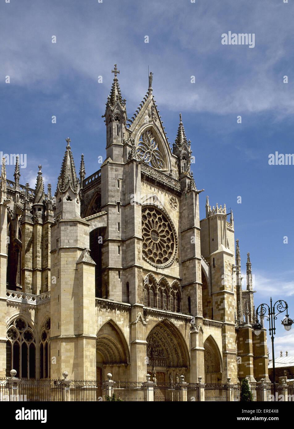 Spagna. Leon. Cattedrale gotica. Xiii-XIV secolo. Facciata. Immagini Stock