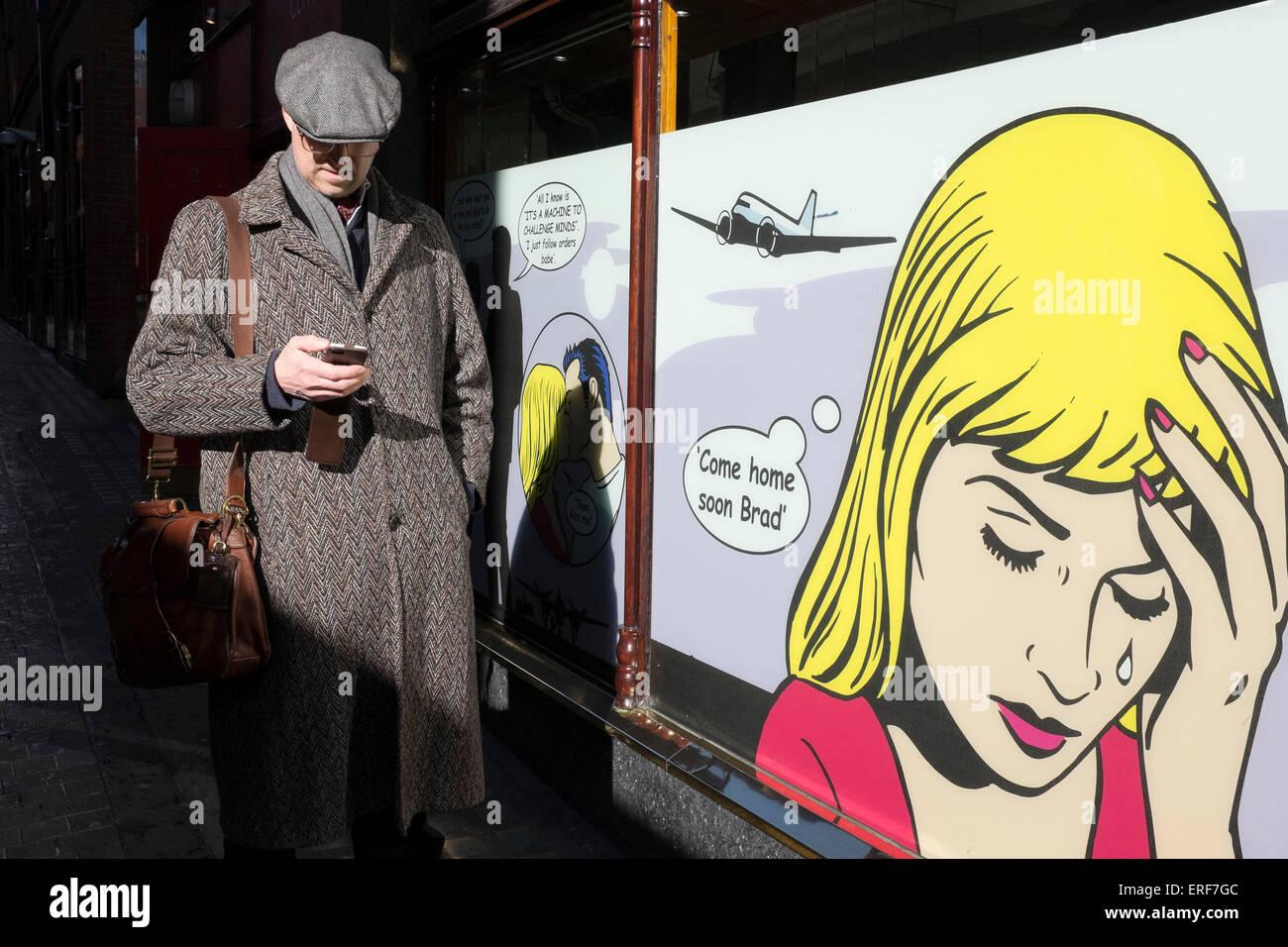 Roy Lichtenstein illustrazioni sulle finestre di un gioco d'azzardo e gaming casinò a Londra, Regno Unito. Immagini Stock