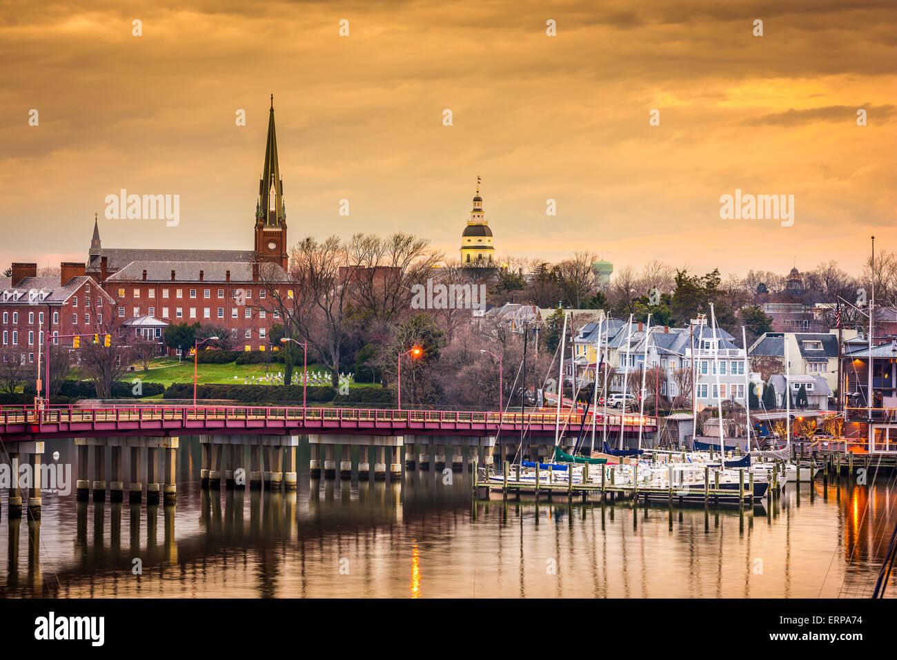 Annapolis, Maryland, Stati Uniti d'America State House e la chiesa di Santa Maria visualizzata su Annapolis Immagini Stock