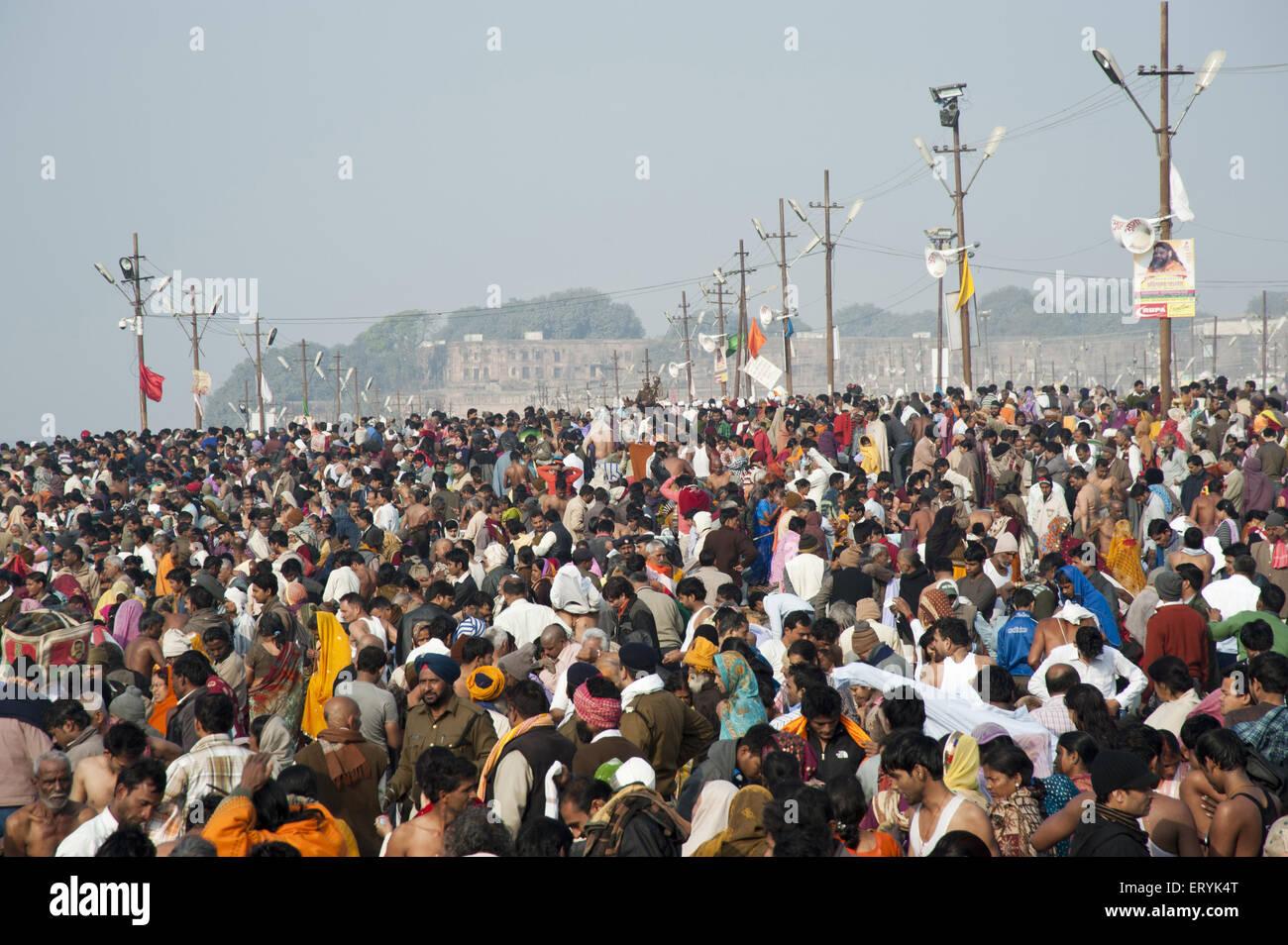 I popoli in kumbh mela in Uttar Pradesh, India Immagini Stock