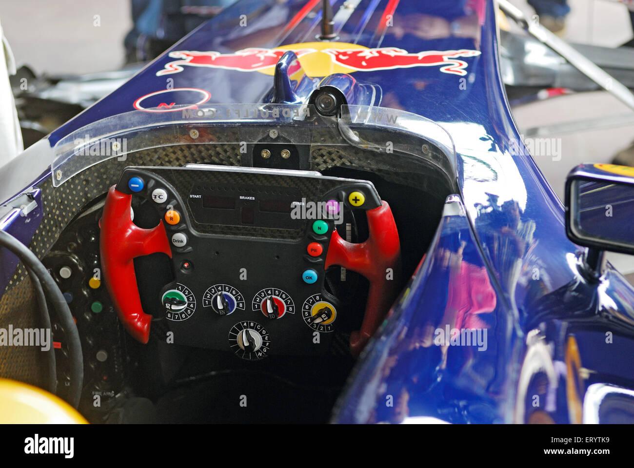 Volante di formula auto Mumbai Bombay ; Maharashtra ; India Immagini Stock