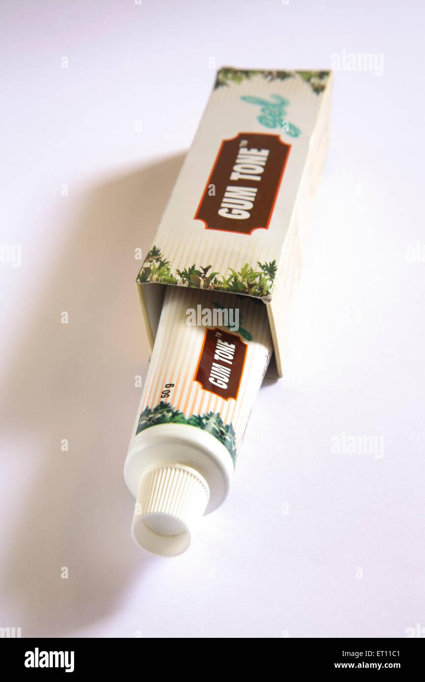 Ayurvedic ; dentifricio gum gel tono sollievo da gengivite alitosi routine di igiene orale rafforzare le gengive Immagini Stock