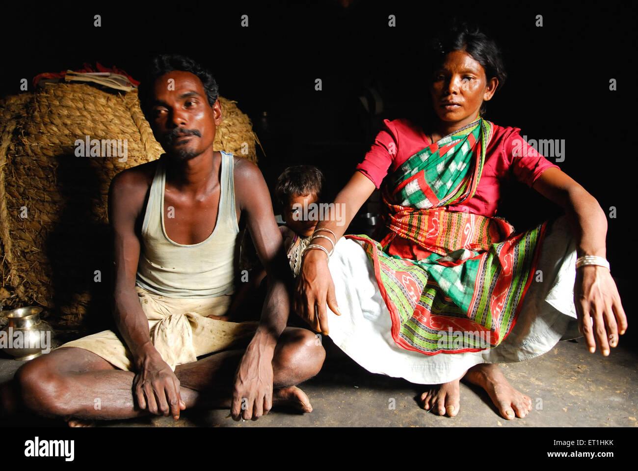 Ho tribù famiglia lottando in povertà ; Chakradharpur ; Jharkhand ; India n. MR Immagini Stock