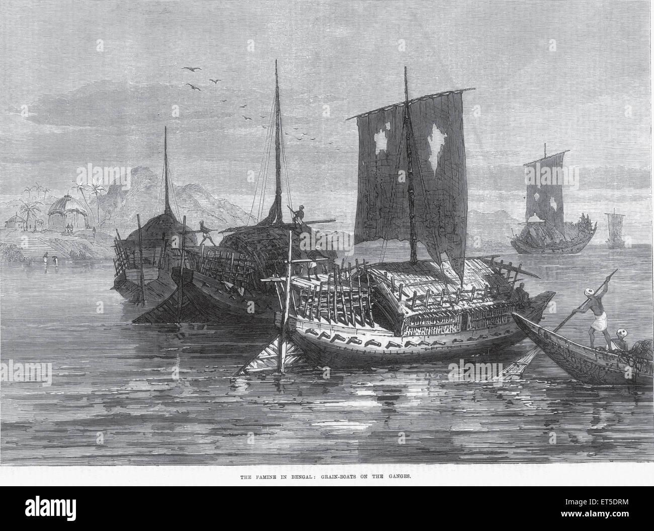 Viaggi e trasporti carestia nel Bengala barche granella sul Gange ; India Immagini Stock