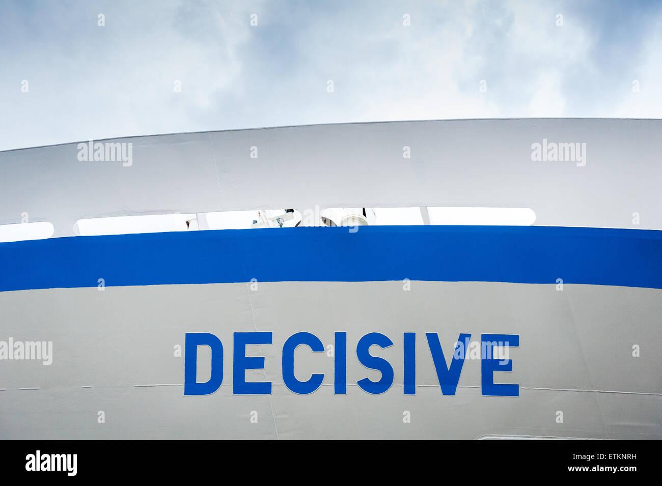 Segno sulla nave con blu brillante di scritte in Baltimore, Maryland, Stati Uniti d'America Immagini Stock