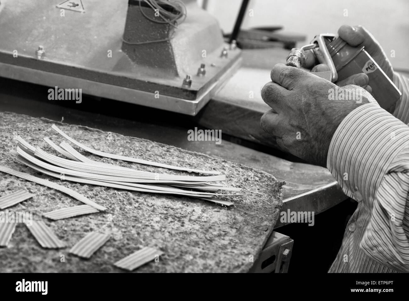 Scarpe di produzione tradizionali Immagini Stock