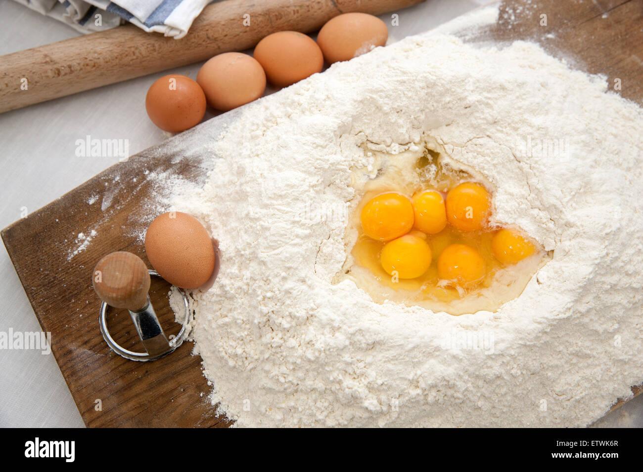 La pasta italiana, cibo organico, fatti a mano, Immagini Stock