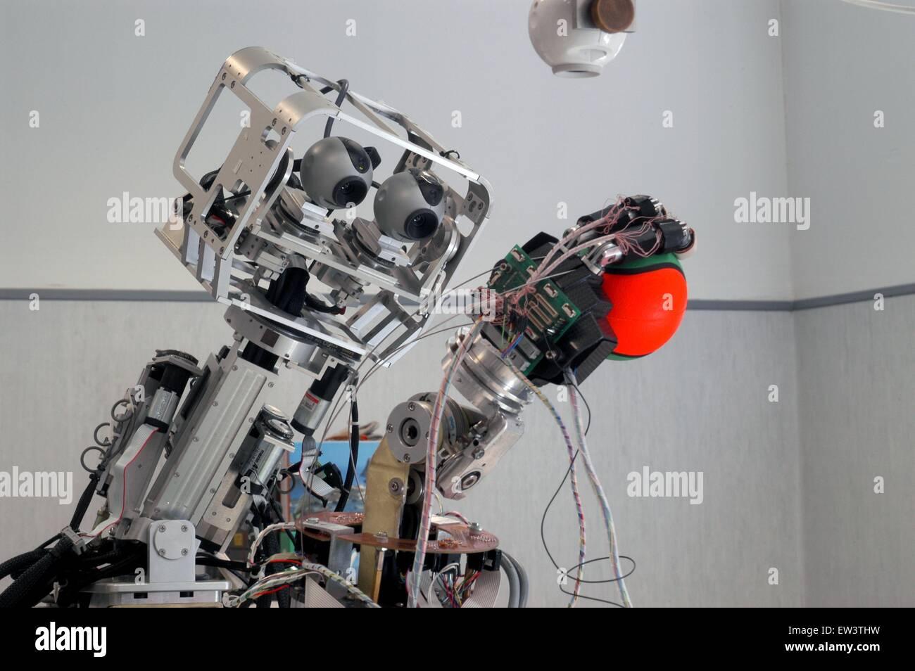 Scuola Avanzata St .Anna di Pisa e Centro di ricerca di Pontedera, Laboratorio ARTS Lab (Robotica Avanzata Tecnologia) Immagini Stock
