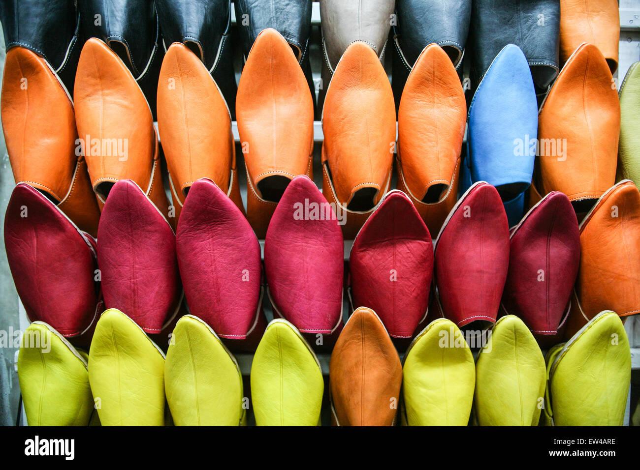 Colorato pantofole scarpe stile locale applique in pelle è