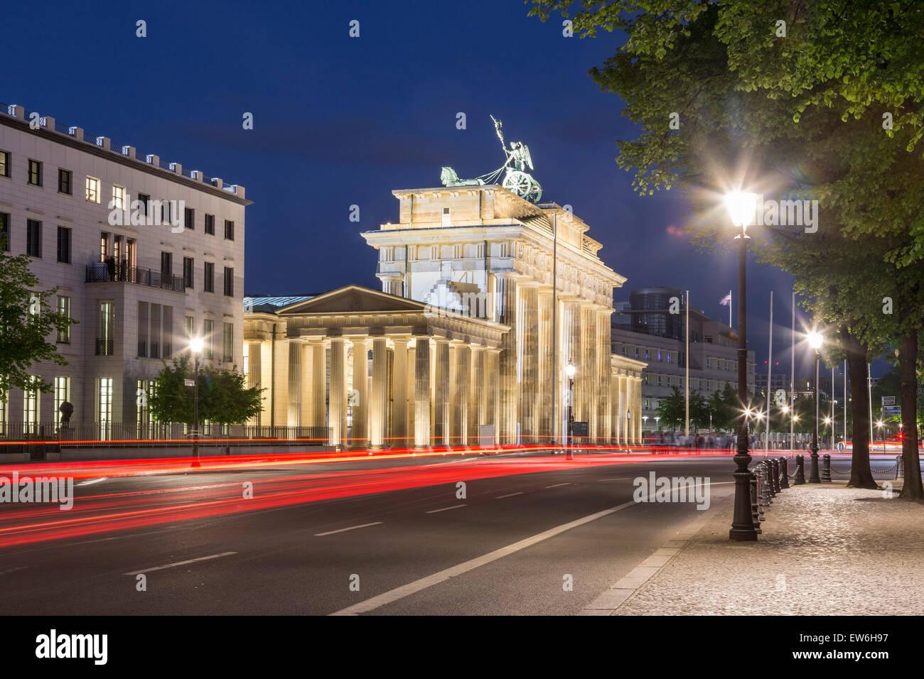 La Porta di Brandeburgo al crepuscolo, Berlino Immagini Stock