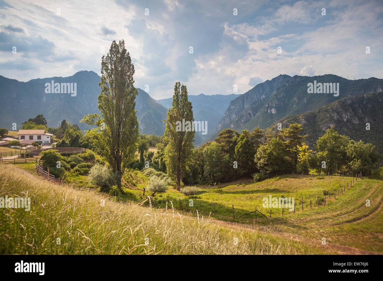 Agriturismo Nai, Riserva Naturale Alto Garda Bresciano, Italia Immagini Stock