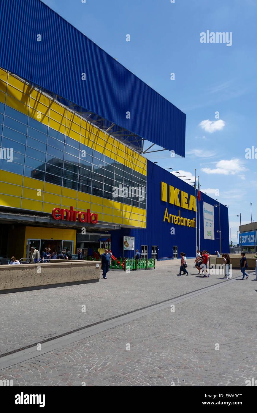 Negozio Ikea A Porta Di Roma Roma Italia Foto Immagine Stock