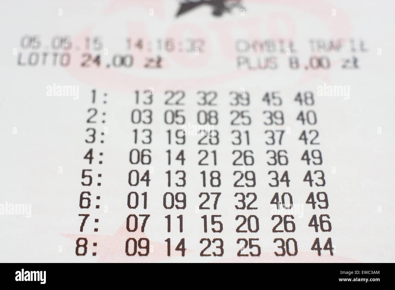 GDANSK, Polonia - 05 maggio 2015. Polacco biglietto lotto con numeri Immagini Stock